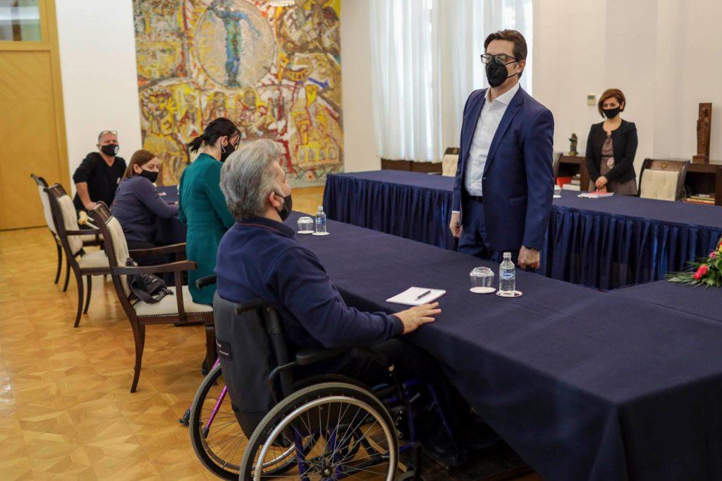 Разговор меѓу претседателот Стево Пендаровски и Звонко Шавревски од Полио Плус